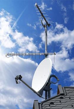 Parabola a tetto usata dagli impianti TV satellitare
